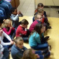 Les avantages d'une lecture partagée en classe