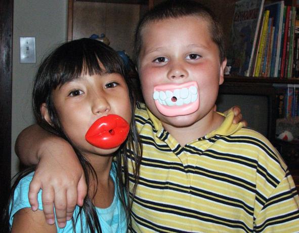 Comment encourager les enfants à mieux parler?