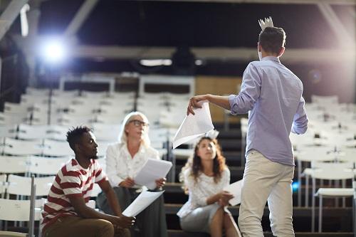 Comment performer sa prise de parole en public ?