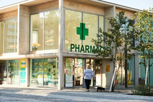 Comment contacter la pharmacie de garde à Nice, 06000 ?