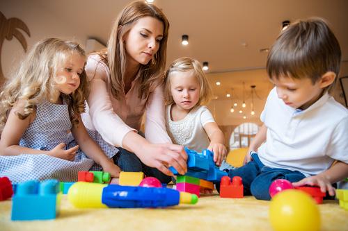 Pourquoi faire appel à une agence de garde d'enfants à domicile ?