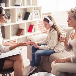 Pourquoi suivre une formation certifiante de psychothérapie en ligne ?